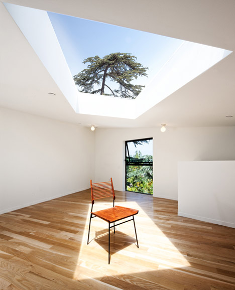 dezeen_BIG-small-House-by-Anonymous-Architects_16