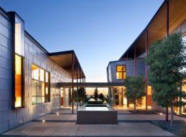 berkeley-courtyard-house-01-1-750x591