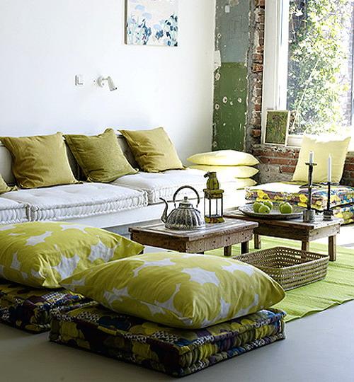 Choosing Floor Cushions For The Modern